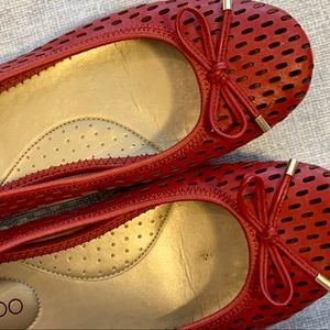 Me Too Halle Ballet Flats Red Size 7